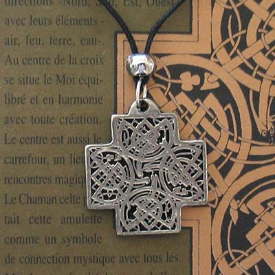 article-absorption-croix-celte